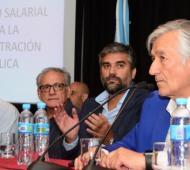 Rodríguez Saá sorprendió al anunciar aumentos de hasta el 60,7%