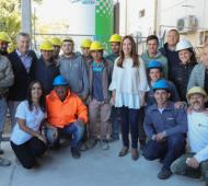 Video: Fugaz visita de Macri y Vidal en hospital de Saladillo mientras un grupo insultaba tras las vallas