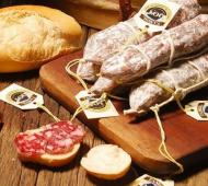 Tandil celebra el37º Festival de la Sierra yEncuentro del Folclore y el Salame Tandilero.