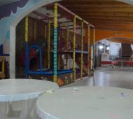 Los salones de fiestas infantiles abren en Bahía