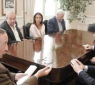 Scarsi se reunión con autoridades de Tandil. Foto:Prensa