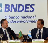 El Gobernador visitó este martes el Banco de Desarrollo de Brasil.