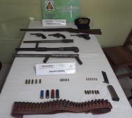 Tras varios allanamientos, la Policía secuestró un arsenal de armas. Foto: Prensa