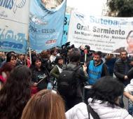 El Suteba protestó frente a la Casa de la Provincia por descuentos en salarios