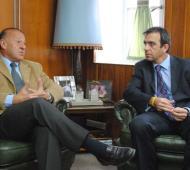El jubilado Fiscal General Héctor Tanús y uno de los candidatos a reemplazarlo, Patricio Múgica Díaz. Foto: El Norte.