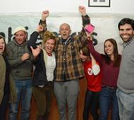 Fadón y otros dirigentes macristas, en pleno festejo. Foto: Noticias Pehuajó.