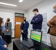Kicillof recorrió Centro de Telellamadas de la UNLP