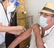 El intendente Tellechea ya fue vacunado con las dos dosis.