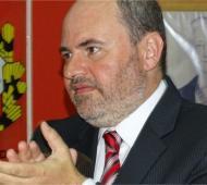 """""""Totito"""" González reasumió la presidencia de la UCR."""