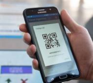 Por app, teléfono o web: Código QR