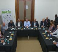 Tren Vaca Muerta - Bahía Blanca: Gay encabezó una reunión con empresarios interesados en el proyecto