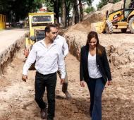Tagliaferro y Vidal recorrieron obras contra inundaciones en Morón y visitaron la fábrica New Bag