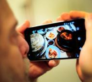 Azul impulsa regulación de la venta de productos alimenticios por redes sociales