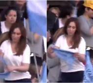 Marcha del Millón:  Vidal apareció entre la gente, se puso un pañuelo celeste, pero no habló