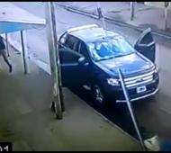 Resistió el robo de su camioneta a los tiros.